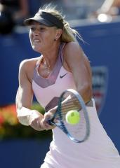 Sharapova into Australian quarterfinals