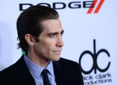 Jake Gyllenhaal lands in ER after punching mirror on film set