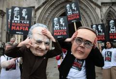 British culture secretary urged to resign
