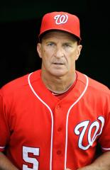 Riggleman to return as Nationals' skipper