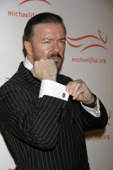 Gervais says he won't hold back at Golden Globes