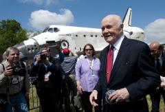 Former astronaut, Sen. John Glenn undergoes heart surgery