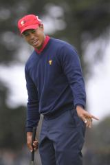 Woods in tie for Australian Masters lead