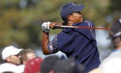 Tiger Woods, ranked No. 1, nears PGA title record
