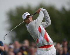 Adam Scott forges 4-shot British Open lead