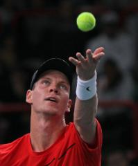 Berdych makes Marseille quarterfinals