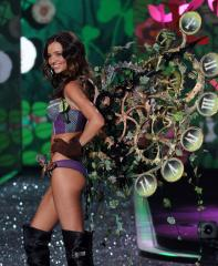 Date set for 2010 Victoria's Secret show