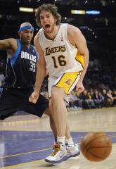 NBA: Los Angeles Lakers 107, Dallas 100