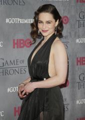 Emilia Clarke stars as Sarah Connor in new 'Terminator' photos