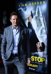 Liam Neeson joins controversial NYC horse carriage debate