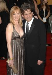 Helgenberger, Rosenberg split up