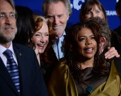 Bonnie Raitt, T Bone Burnett honor Everly Brothers with pre-Grammys performance