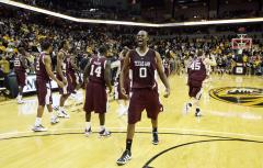 COL BKB: Texas A&M 70, Nebraska 64
