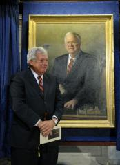 Report: Hastert uses office for business