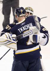 Blues' Tkachuk announces retirement
