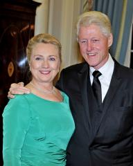 Clinton discharged from NYC hospital