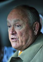 Nolan Ryan resigns as Texas Rangers CEO