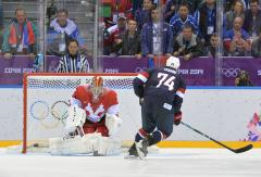 U.S. tops Russia 3-2 in Olympic hockey shootout