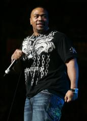 Timbaland marries publicist in Aruba