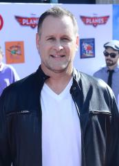 Dave Coulier, of 'Full House,' is engaged