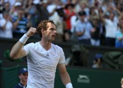 Murray returns to ATP with shutout win