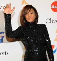 Whitney Houston's first live album, DVD set for Nov. 10 release