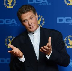 Actor David Hasselhoff opposes Berlin Wall demolition