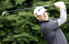 McDowell rises to sixth in world golf rankings