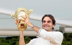 Federer to extend run at No. 1