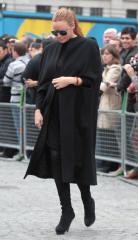 Stella McCartney gives birth to 4th child