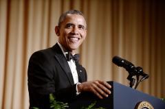 Obama skewers Putin, Washington gridlock in White House Correspondents' Dinner speech