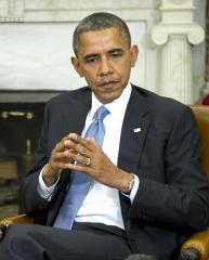 Obama begins campaign-like 'cliff' effort