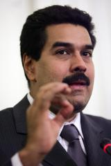 Maduro asks U.S. not to impose sanctions in Venezuela in op-ed