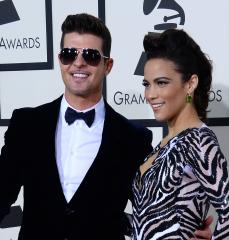 Robin Thicke cancels third tour date, blames vocal problems
