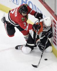 NHL: Chicago 2, Philadelphia 1