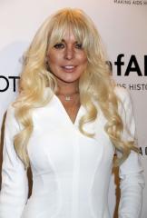 Lindsay Lohan drank vodka at Coachella: Report