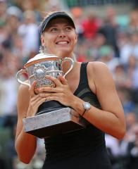 Sharapova officially again No. 1