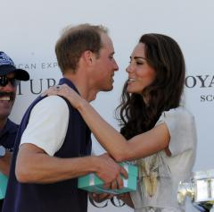 Prince William stars in polo win