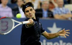 Federer claims first-round win in Dubai
