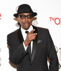 Arsenio Hall's chat show renewed for a second season