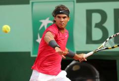 Nadal improves to 49-1 at French Open