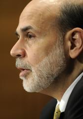 Bernanke reaffirms low lending rates