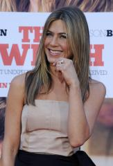 Mayer: Recent statements not about Aniston