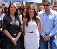 Sofia Vergara confirms engagement