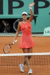 Ivanovic an easy winner at Wimbledon