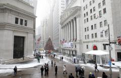 Santa Claus rally sends markets to record highs