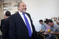 Former Israeli foreign minister acquitted