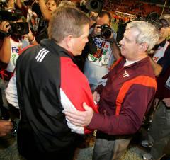 Report: Media ban at UC football banquet