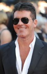 Simon Cowell's girlfriend goes into labor in NYC