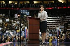 Palin tells life's story, zaps opposition
